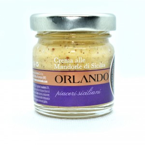 Almond cream jar 40 g