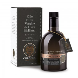 Olio Extra Vergine di Oliva Bottiglia 500 ml con astuccio